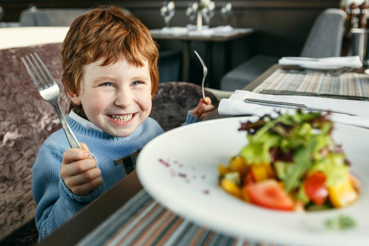 Moe's St-Sauveur | Restaurant | Enfant